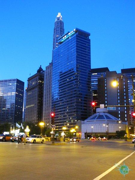 Hotels Near  South Wacker Drive Chicago