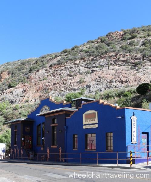 08 Royale Theatre