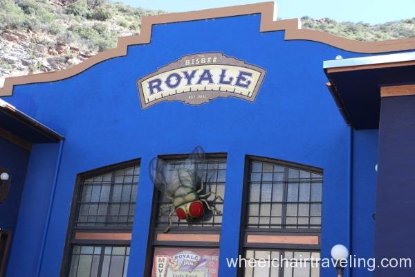 09 Royale Theatre