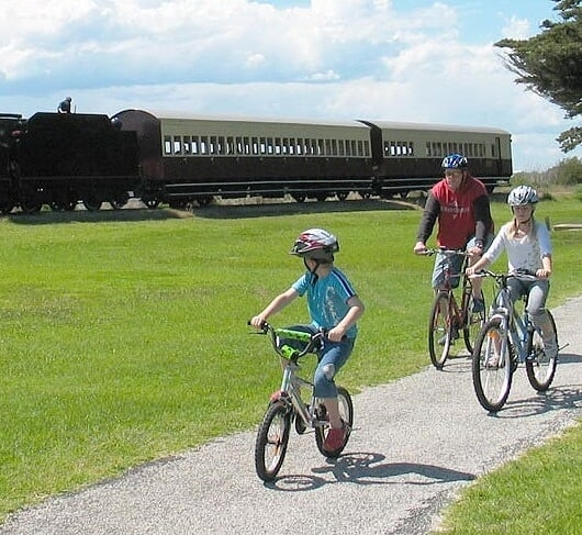 Bellarine Rail Trail image courtesy of Geelong Tourism