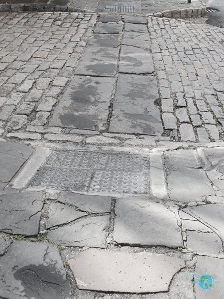 charleston_sidewalk_1