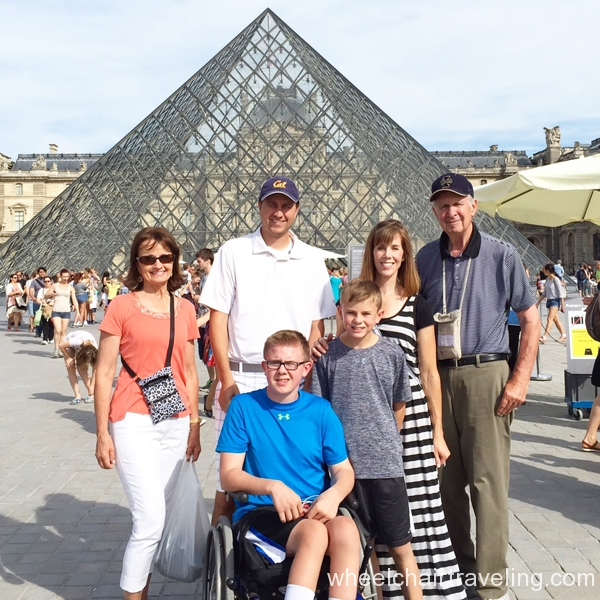 small_Louvre (1)