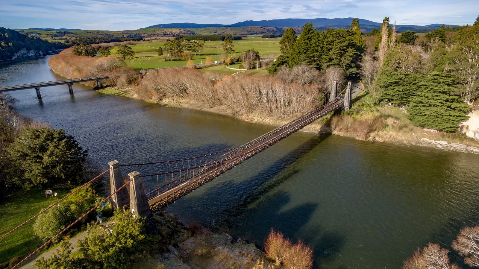 Clifden-Suspension-Bridge-Videocopter-17_8_19436-Credit-Videocopter