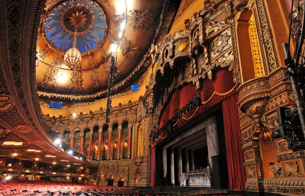 small_Inside the Fabulous Fox Theater