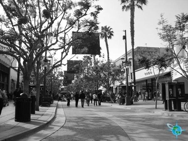The 3rd Street Promenade