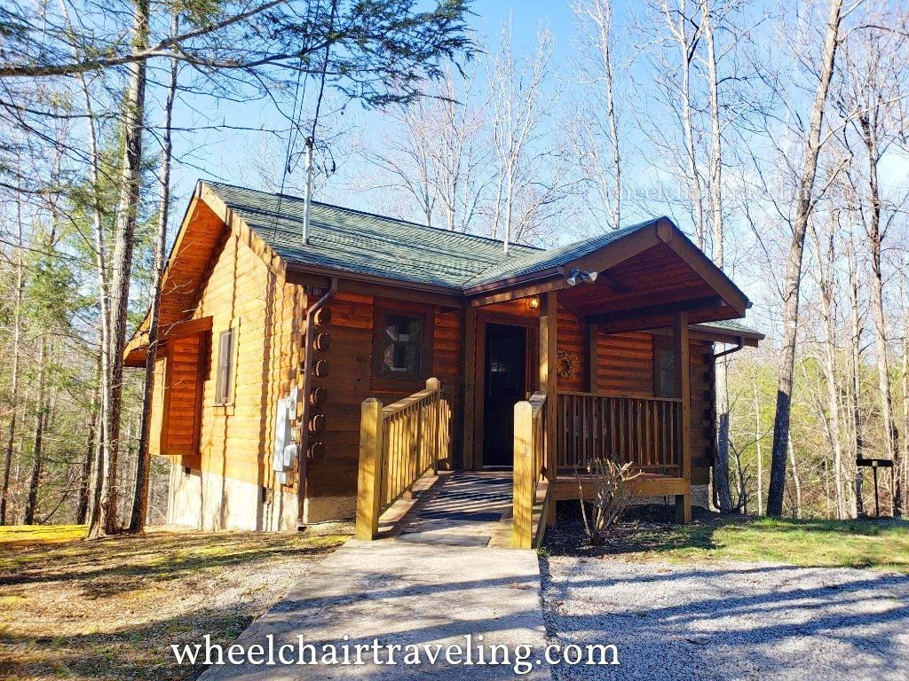 Tennessee_Cabin_TNWT19
