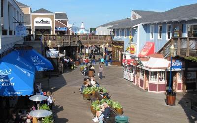 CA, SF: Pier 39, Fisherman's Wharf & Ghirardelli Square