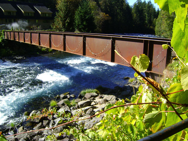 Oregon, McKenzie River: Hot Springs & Gardens