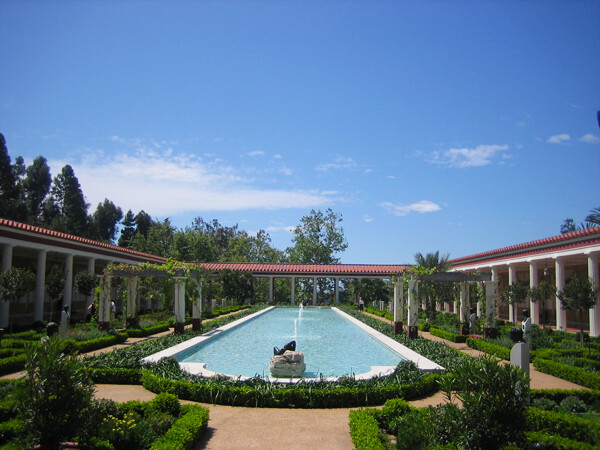 CA Coast: Malibu Travel Tips on Attractions